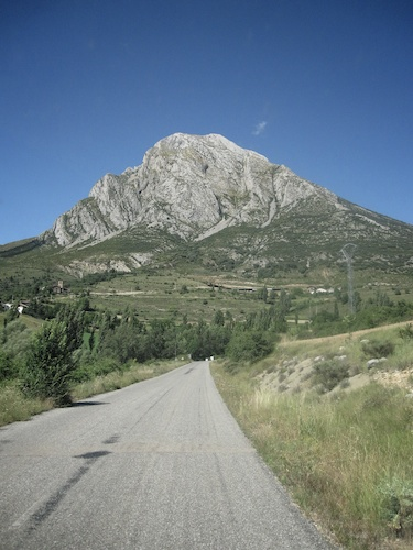 A hill in Huesca