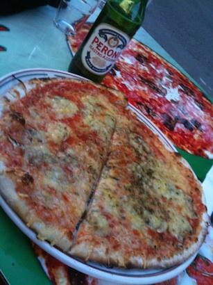 Pizza in Bedoin